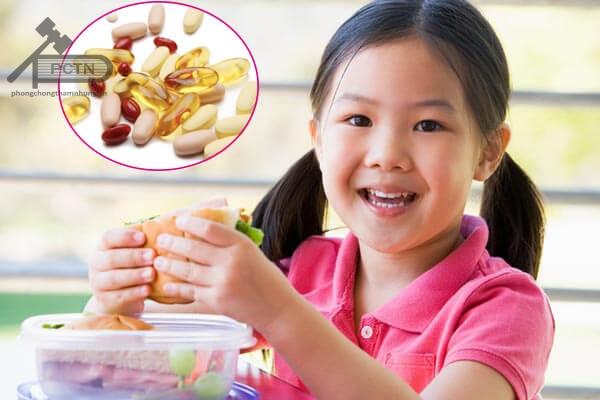 Bạn nên uống các vitamin tan trong dầu ngay sau bữa ăn