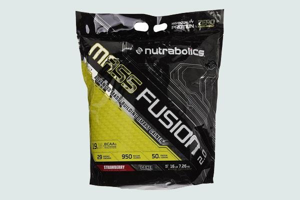 Mass fusion của hãng Nutrabolics. Loại này mới xuất hiện ở Việt Nam được vài năm và khá đắt tiền, giúp bạn tăng cơ tốt mà vẫn giữ được độ nét
