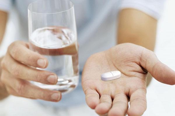 Bệnh nhân sử dụng thuốc Cezil