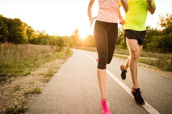 Chạy bộ là một bài tập cardio giúp cải thiện sức khỏe tim mạch